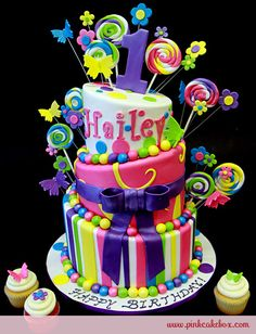 Topsy Turvy Candy Cake Birthday Cake by Pink Cake Box Crazy Cakes, Fancy Cakes, Pretty Cakes, Cute Cakes, Fondant Cakes, Cupcake Cakes, Lollipop Cake, Bolo Original, Decors Pate A Sucre