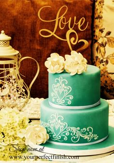 This golden cake topper says it all. Perfect for weddings, engagement or anniversary cakes. give you wedding the vintage feel with this look