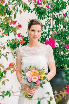 HOW TO PLAN YOUR WEDDING WHEN YOU LIVE LONG DISTANCE. A CITRUS THEMED WEDDING IN THE IBIZIAN COUNTRYSIDE   PHOTOGRAPHY: http://www.analuiphotography.com