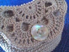 http://jud-artes.blogspot.com.ar/2012/02/necessaire-de-croche.html?m=1