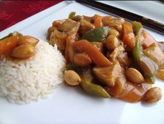 Chicken with almonds in Thermomix Asian Recipes, Healthy Recipes, Ethnic Recipes, Colombian Food, Wok, Chinese Food, Chicken Recipes, Good Food, Food And Drink