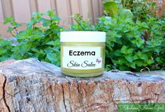 Scaly Skin Relief Salve by FabulousFarmGirl. A soothing remedy for dry, cracked, itchy, irritated skin. Where has this been all my life? Home Remedies For Eczema, Acne Remedies, Natural Home Remedies, Health Remedies, Psoriasis Remedies, Eos, Essential Oils For Eczema, Scaly Skin, Oils For Skin