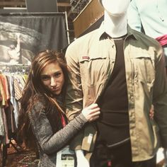#dinamik champion and world famous bad ass @alex_puccio89 getting cozy with our male model at the #gramicci booth. Oh, and @joshlrsn in the back #climbing #climbing_pictures_of_instagram #champion #winner #menswear #mensfashion @outdoorretailer #apparel #beauty #ootd #climbers #outdoors #outside