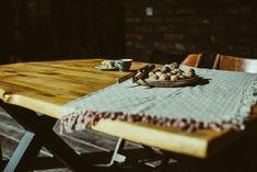 Stół na werandę #mebleogrodowe #jesień Metal, Garden, Table, Furniture, Home Decor, Garten, Decoration Home, Room Decor, Lawn And Garden