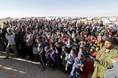 Syrians refugees at the berm between the Jordanian and Syrian borders, January 14, 2016. © 2016 Reuters