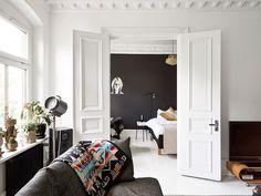 Bedroom with Black Wall | Göteborg |