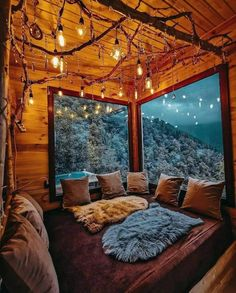 Cozy Cabin, Cozy House, Cabin Tent, Cozy Room, Cozy Place, Aesthetic Bedroom, Cabin Homes, Tree House Homes, Cabins In The Woods