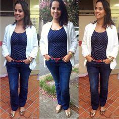 Casual day, jeans w/ white blazer. Dots shirt <3  O jeans escuro é ideal para o trabalho, a estampa de bolinha quebra a dureza do look e o cinto faz um ponto de cor discreto.