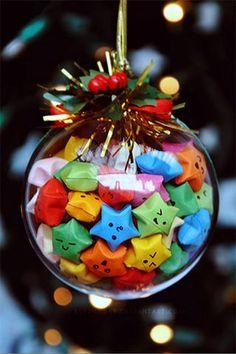 Kawaii paper stars in a glass Christmas tree ornament Glass Christmas Tree Ornaments, Noel Christmas, Winter Christmas, Christmas Bulbs, Christmas Decorations, Xmas, Holiday Crafts, Holiday Fun, Kawaii Diy