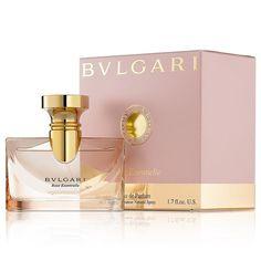 Bvlgari Rose Essentielle é uma homenagem às rosas com um aroma delicado que representa romantismo puro. A harmonia perfeita das notas torna essa fragrância tão especial!