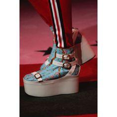 Gucci  #VogueRussia #readytowear #rtw #springsummer2017 #Gucci #VogueCollections