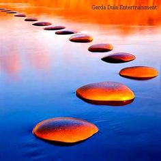 Stepping stones  Coaching  Vrouw&Verbinding