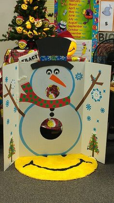 Our Snowball toss game we made for the craft fair....super cute!