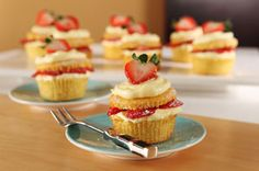 What will make your cupcakes even better? Fresh strawberries! #recipe #dessert