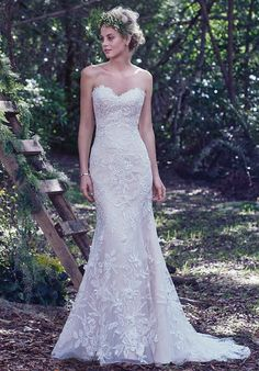 Floral lace gown with sweetheart neckline and beaded embellishments I Style: Trena I by Maggie Sottero I http://knot.ly/6498BA1Bu