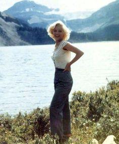 Marilyn Monroe in Canada 1953