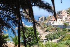 Blog Mode & DIY - Youmakefashion.fr - Margot: Calvi on the rocks Calvi On The Rocks, Mansions, House Styles, Blog, Diy, Manor Houses, Bricolage, Villas, Mansion