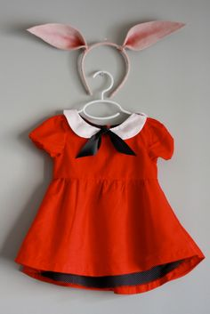 Share Tweet Pin Mail What do you get when you combine a white sailor collar, black knot, red puffed-sleeve dress and… Wool felt pig ...