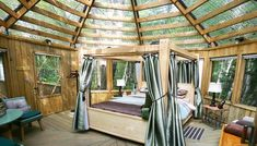 This Forest Resort In Ontario Lets You Sleep Under The Stars In A Glass Roof Cabin - Narcity Romantic Camping, Romantic Weekend Getaways, Romantic Travel, Ontario Getaways, Forest Resort, Ontario Travel, Evergreen Forest, Sleeping Under The Stars, Glass Roof