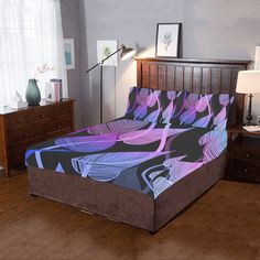 Bold, detailed butterfly pattern for nature lovers, in shades of teal. Purple Butterfly, Butterfly Pattern, Queen Sheets, Bed Sheets, Leirvik Bed, Vintage Bedding Set, Tropical Bedrooms, Shops, Dust Mites