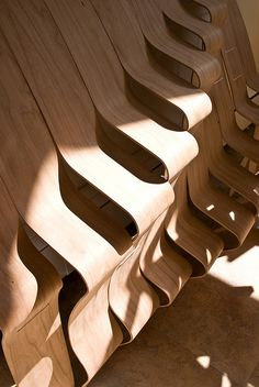 bent plywood display by Nervous System for ICFF 2009-3   Flickr : partage de photos !