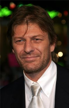 Photo of Sean Bean - North Country Los Angeles Premiere - Arrivals - Picture Browse more than pictures of celebrity and movie on AceShowbiz. British Men, British Actors, Sheffield, Eddard Stark, Sean Bean, People Photography, Photo Look, Real Man, Hollywood Stars