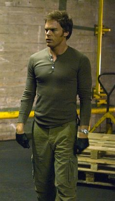 "Dexter Morgan Kill Scene | ... Hall as Dexter Morgan in ""Waiting to Exhale"", episode 2.02 of Dexter"