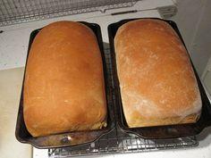 La panificadora es una máquina que nos permite hacer nuestro pan de forma fácil y sencilla.Amasa ,fermenta y hornea el pan con solo introducir los ingredientes y seleccionar el tipo de horneado.Para hacer una pan ,lo único que tenemos que hacer es añadir los ingredientes de la manera que especifica en la receta ,cerrar y […]