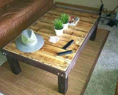 How To Make An Super Cheap Coffee-Stained Wood Pallet Coffee Table - LivingGreenAndFrugally.com
