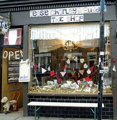 Shops: Columbia Road, London E2 | Homegirl London - Jessie Chorley and Bugdug, Homegirl London