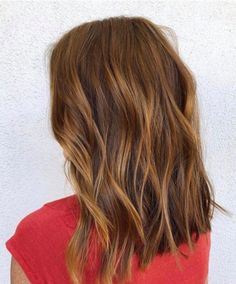 For the perfect warm, dimensional hair color, ask for fall's breakout trend: cin… – dark hair styles Dark Brown Hair With Blonde Highlights, Strawberry Blonde Highlights, White Blonde Hair, Light Brown Hair, Fall Hair Colors, Red Hair Color, Brown Hair Colors, Red Color, Butter Blonde Hair
