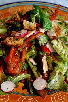 Fattoush (Lebanese Tomato and Pita Salad)