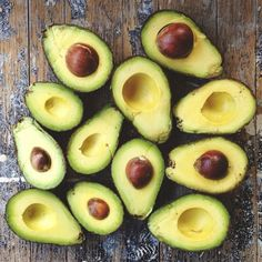 Liver helping foods including my favorite the avocado. Enjoying an avocado a day can support a healthy liver. Fruit And Veg, Fruits And Veggies, Fruits Basket, Citrus Fruits, Green Fruit, Healthy Snacks, Healthy Eating, Healthy Recipes, Tasty Meals