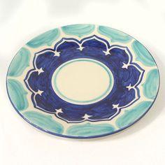 Prato de Lanche - Amalfitana - Cerâmica Luiz Salvador Ceramic Bird Bath, Ceramic Decor, Ceramic Plates, Ceramic Art, Pottery Painting, Ceramic Painting, Painted Pottery, Hand Painted Plates, Hand Painted Ceramics