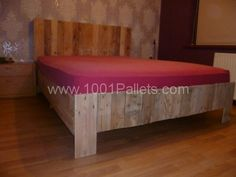 P1010591 600x450 My new pallets bed in pallet bedroom ideas  with Pallets Headboard Bed