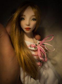 Romantic Wonders Doll Lida.