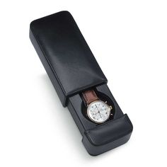 Billede fra http://www.pensandleather.com/images/products/detail/venlo_italian_leather_travel_watch_case_milano_lwt_01.jpg.