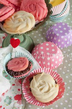 la cucina di mamma: Biscottini a forma di rosa...per tutte le mamme