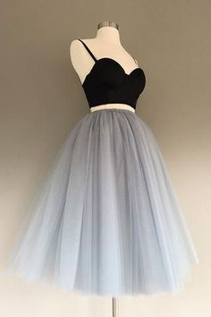 Floor length tulle skirt, silver tulle skirt, gray adult tulle skirt, ANY COLOR - Work Dresses Grad Dresses, Prom Party Dresses, Women's Dresses, Pretty Dresses, Homecoming Dresses, Beautiful Dresses, Short Dresses, Fashion Dresses, Prom Gowns