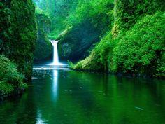 Punch Bowl Falls, Eagle Creek Wilderness Area, California