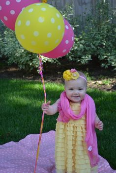 cute pink lemonade party @ http://catchmyparty.com/parties/stellas-pink-lemonade-first-birthday