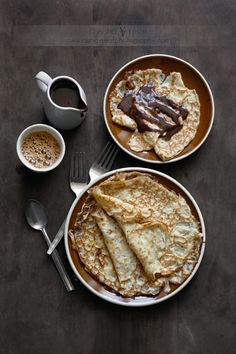 Brunch How to Make Light, Delicious Swedish Crepes Think Food, I Love Food, Good Food, Yummy Food, Tasty, Breakfast And Brunch, Breakfast Recipes, Dessert Recipes, Desserts