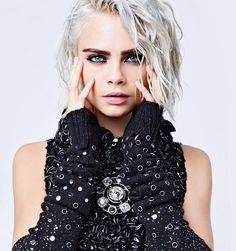 Cara Delevingne by Karl Lagerfeld for Chanel F/W 2017 ✖️✖️
