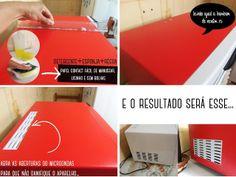 A nossa cozinha(antes) e o nosso microondas repaginado com papel contact vermelho.