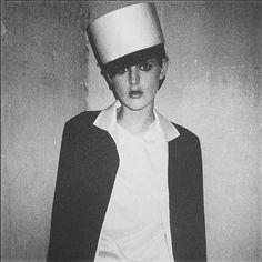 "Melanie Ward on Instagram: ""TB from my past #pfw #stellatennant photographed by #jurgenteller for @id_magazine #backstage at #helmutlang Fashion @themelanieward Hair @guidopalau Make up @dickpageface #love #paris #fashion #fashionshow"""