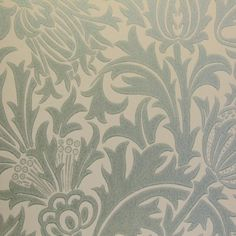 Morris & Co. - Thistle Wallpaper - Eggshell/Ivory - Bryella