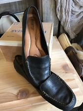 BORN Crown Women's Size 6.5 Euro 37 Black Leather Driving Shoes Loafers