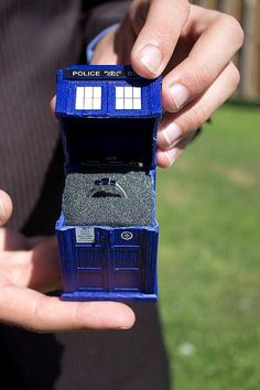 Doctor who ring and box