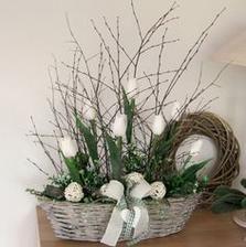 None Basket Flower Arrangements, Floral Arrangements, Easter Flowers, Deco Floral, Container Flowers, Flower Boxes, Spring Crafts, Easter Crafts, Fall Ribbon Wreath
