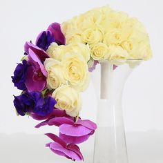 I love flower ! | DESIGN, PRODUCTION, PLANNING & COORDINATION by @olivierdolzwedding | 00 971 502524649 | olivier@olivierdolz.com | #olivierdolzwedding #olivierdolz #wedding #weddingplanner #bride #dubai #flower #florist #centerpiece @olivierdolzwedding #weddingdecor #weddingconcept #weddingideas